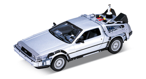 Back to the Future Part 2 1/24 scale Diecast - Time Machine (DeLorean)  - 回到未來2 1/24比例模型車 - 時光車